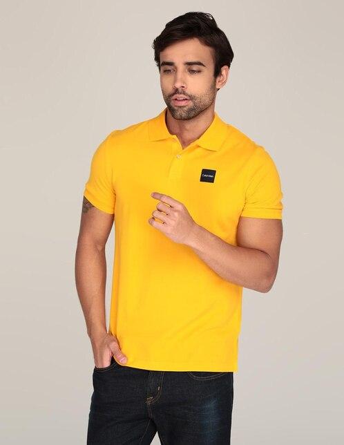 Playera polo Calvin Klein corte regular fit amarilla 797f82f4ad1ac