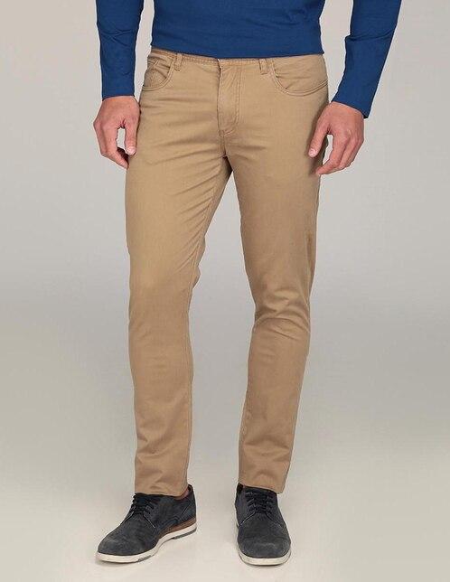 625c67b1ee893 Pantalón casual Perry Ellis corte slim beige