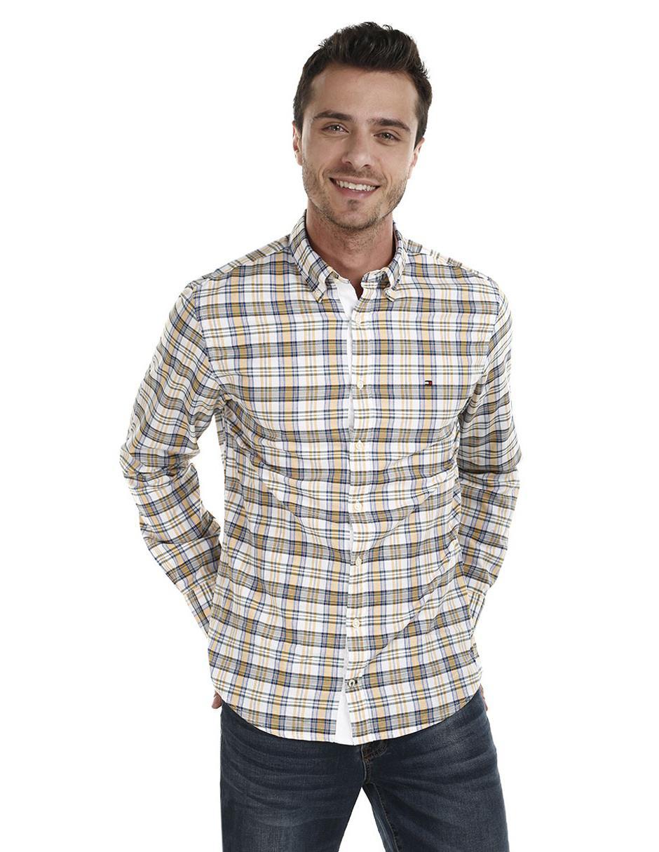 f412059bf47 Camisa casual a cuadros Tommy Hilfiger corte regular fit manga larga  algodón