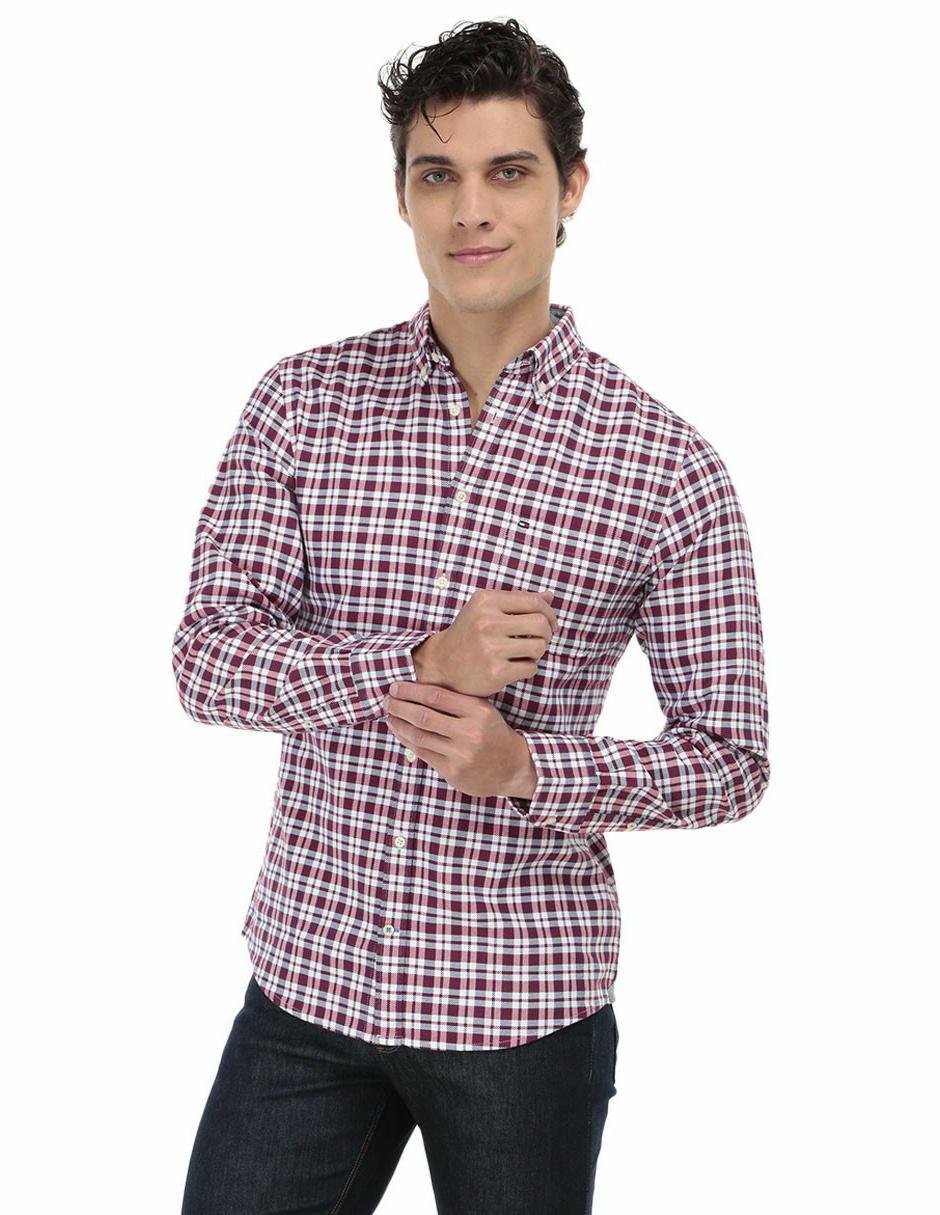 a8349b1cf7fb1 Camisa casual a cuadros Tommy Hilfiger regular fit manga larga algodón