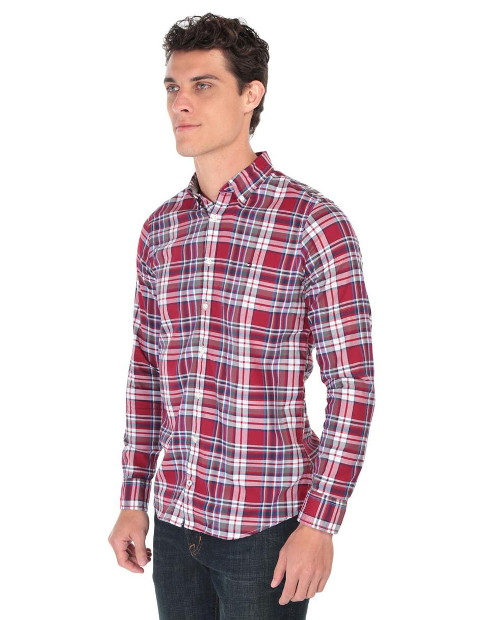 870353d9ae7 Camisa casual a cuadros Tommy Hilfiger corte regular fit manga larga