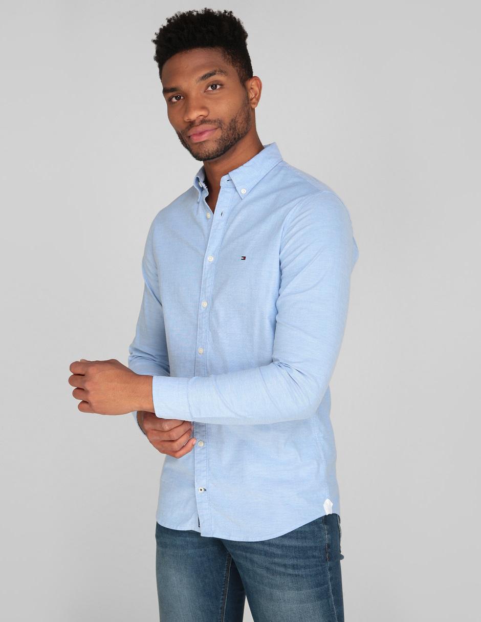 7403bad14b45 Camisa casual Tommy Hilfiger corte slim fit azul